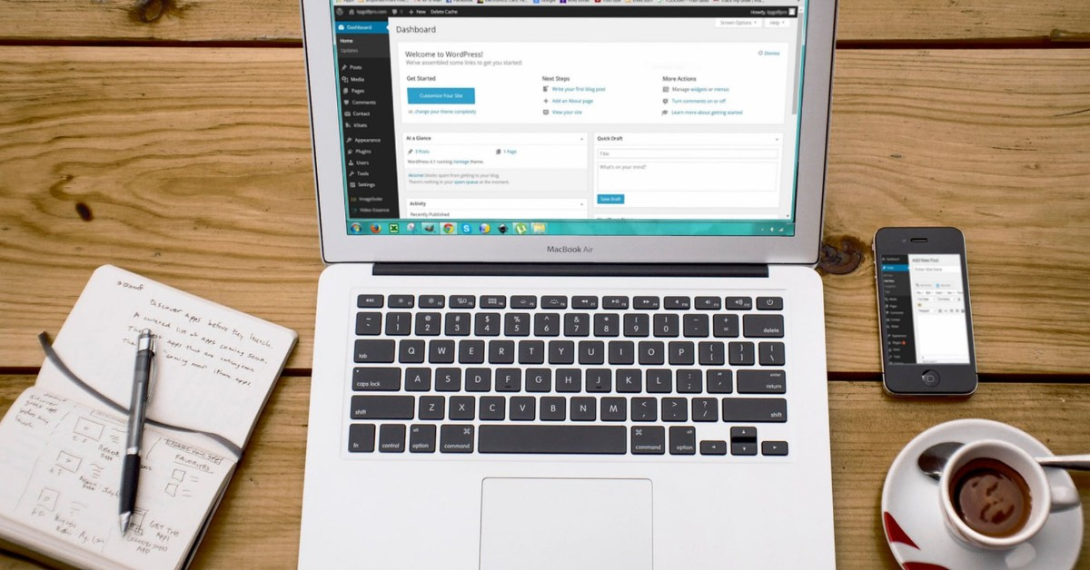 computer with WordPress CMS installed